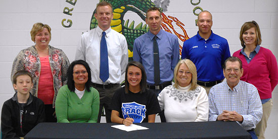 Baylee Shepherd signs with Lindsey Wilson at Green County High School